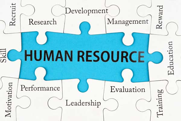 how to connect with human resource on linkedin